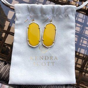 Kendra Scott Gold Danielle Earrings in Yellow